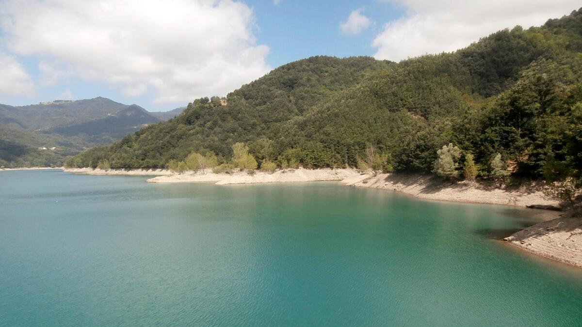 Quali sono i laghi più grandi della Liguria?