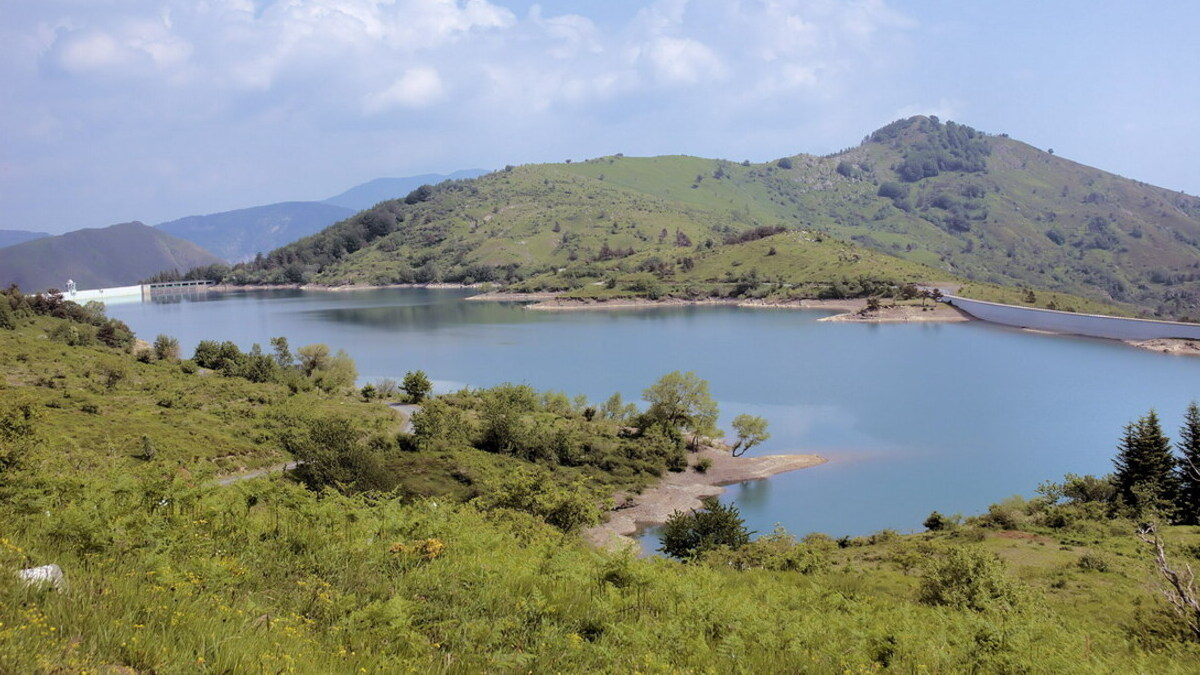 Al lago di Giacopiane con i Cavalli Selvaggi dell'Aveto