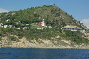 Faro Capo Mele