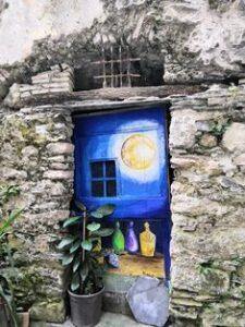 porte dipinte di legno a Triora