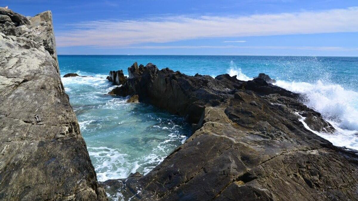 Punta Pineda e le selvagge piscinette